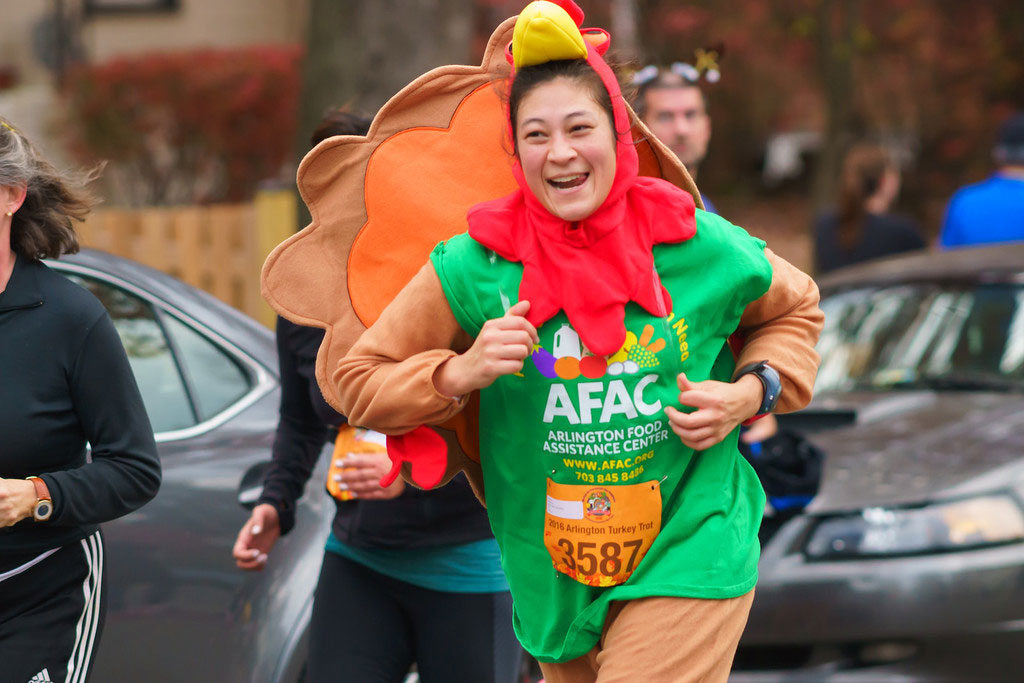 photo-of-arlington-va-turkey-trot-afac-person-running